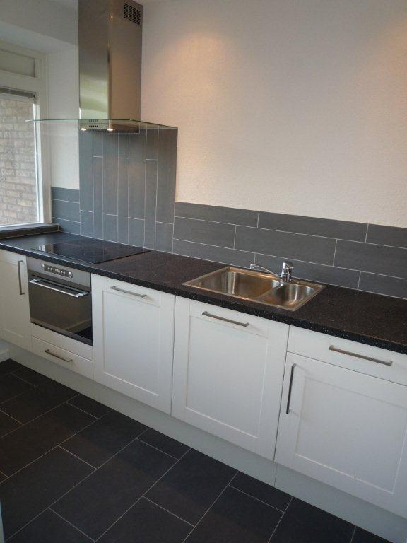 ... Keuken Lichte Vloer : Witte keuken en donkere vloer zwarte houten